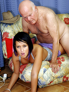 Porno u besplatni filmovi kategorije sortirani Besplatni Porno